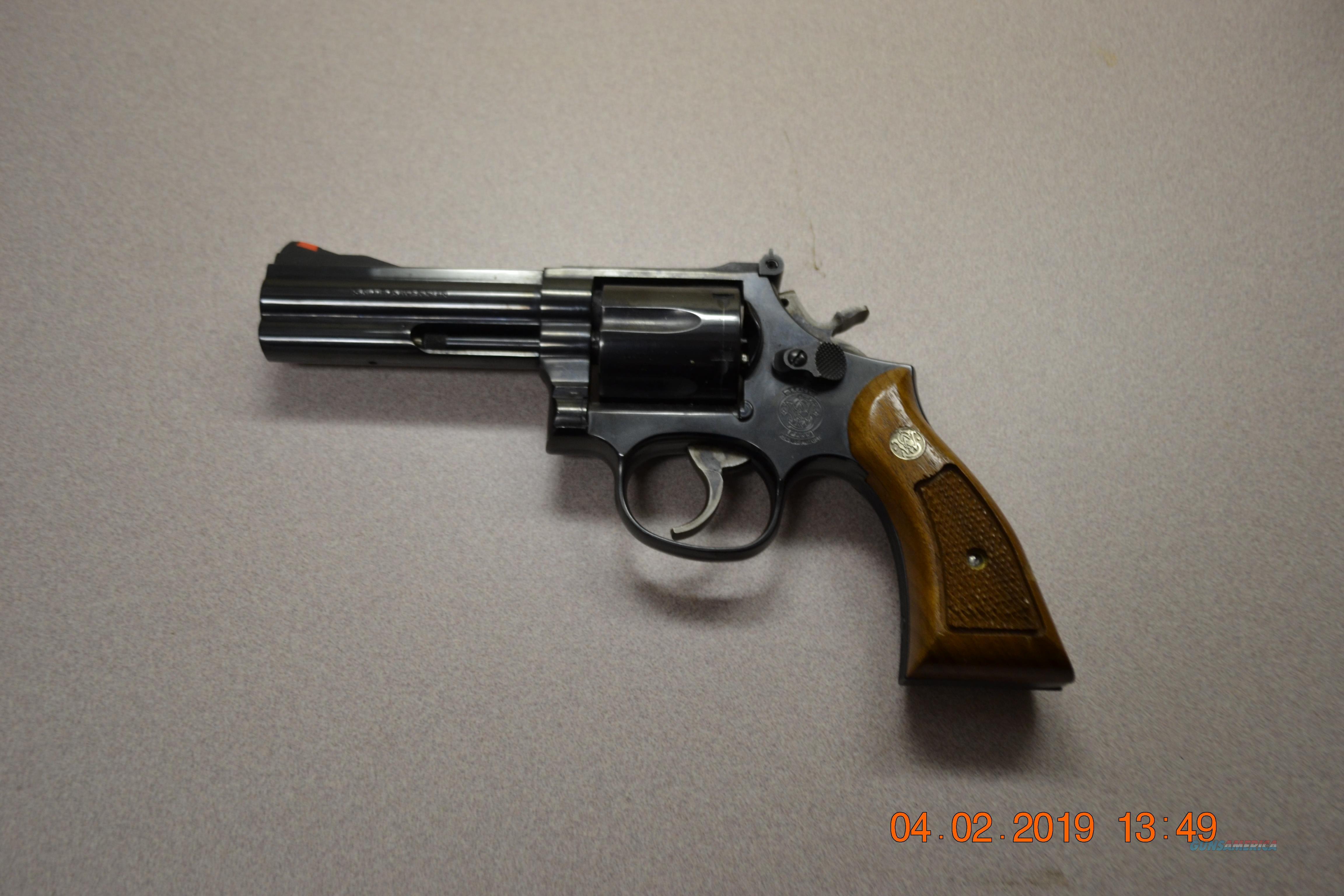 Smith & Wesson model 586-3  Guns > Pistols > Smith & Wesson Revolvers > Med. Frame ( K/L )