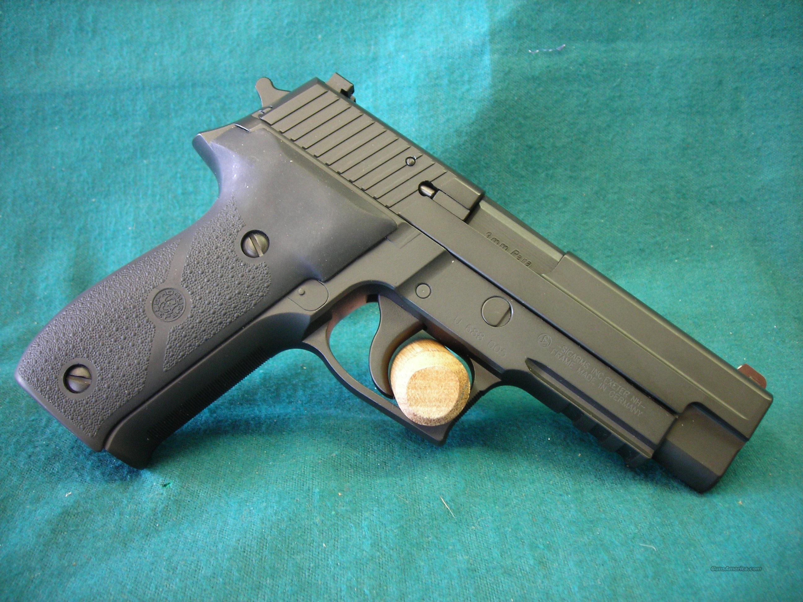 Sig Sauer P226 9mm with extras  Guns > Pistols > Sig - Sauer/Sigarms Pistols > P226