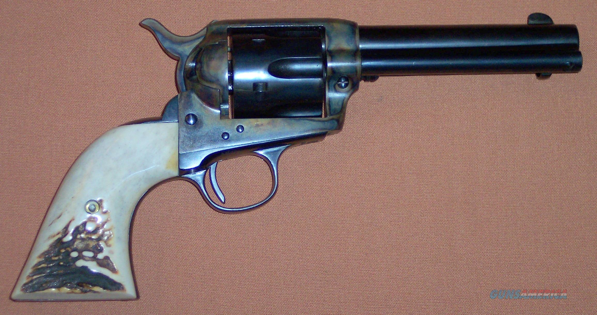 "Colt 1st Generation SAA Single Action Army 32 WCF 4.75"" Barrel w/Holster c.1904 Hollywood Movie Gun  Guns > Pistols > Colt Single Action Revolvers - 1st Gen."