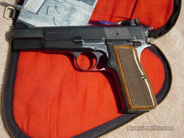 1977 Custom C Series  Guns > Pistols > Browning Pistols > Hi Power