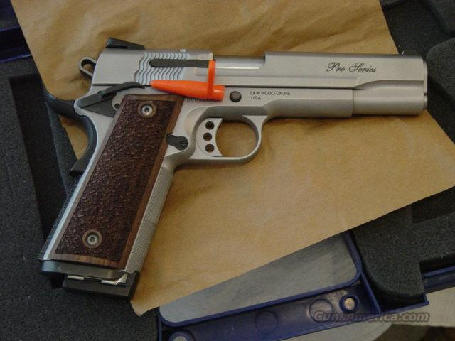 S&W 9mm 1911 PRO SERIES  Guns > Pistols > Smith & Wesson Pistols - Autos > Steel Frame