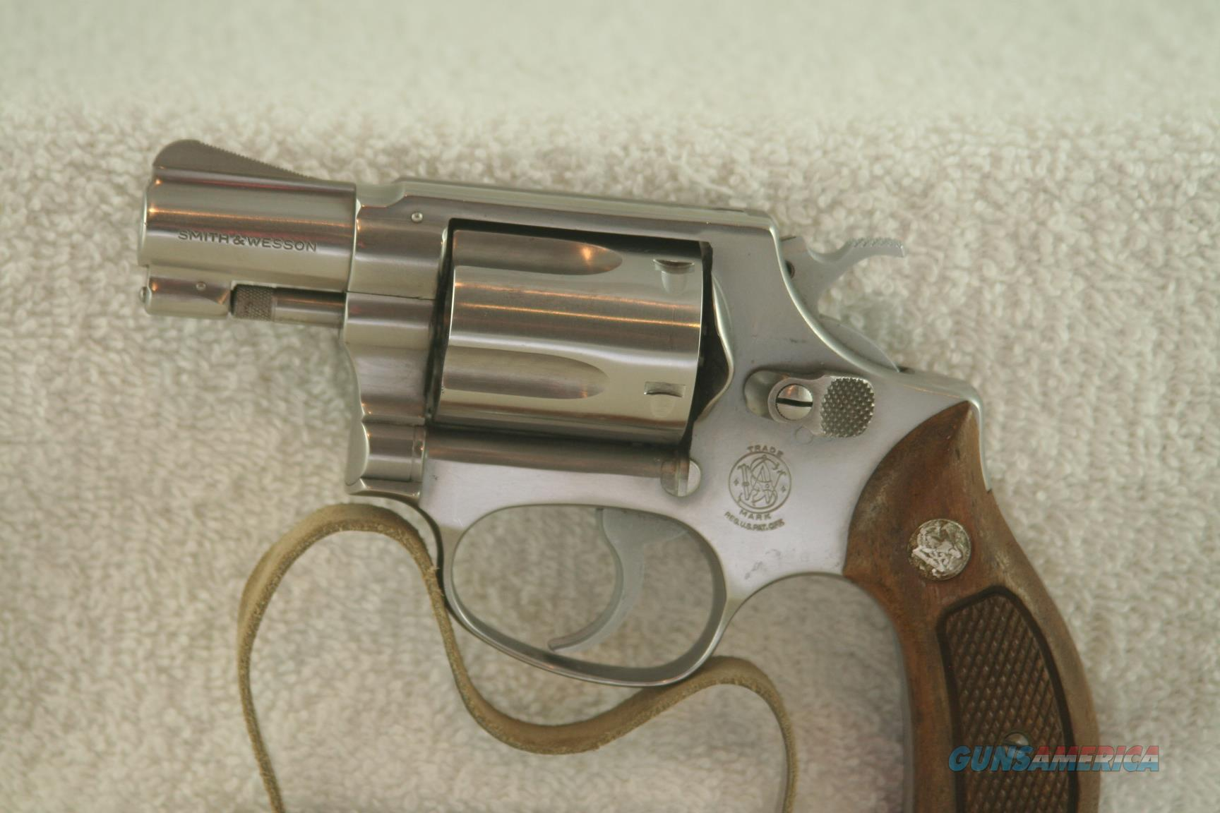 "Smith & Wesson Model 60, no dash, 38 Spl, 2"" Stainless Chief's Special  Guns > Pistols > Smith & Wesson Revolvers > Small Frame ( J )"