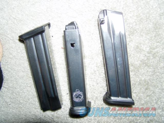 THREE FACTORY NEW SPRINGFIELD DOUBLE STACK 9 MM 19 RD MAGAZINES   Non-Guns > Magazines & Clips > Pistol Magazines > Other