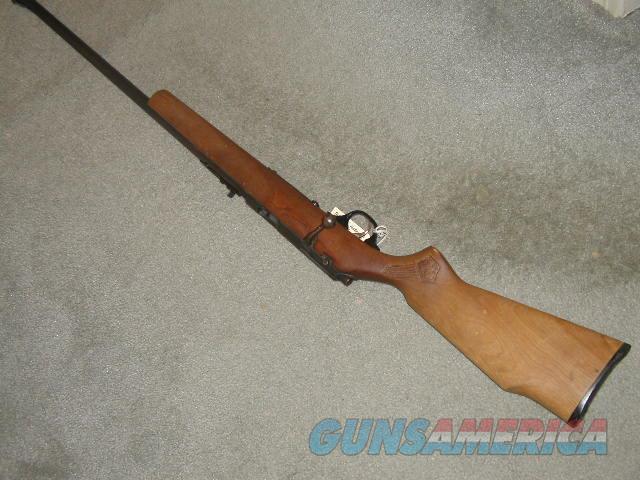 MARLIN  SQUIREL STOCK  MODEL 20 (25,80) BOLT ACTION MAG FEED 22S,L,LR 22 INCH BARREL  Guns > Rifles > Marlin Rifles > Modern > Bolt/Pump