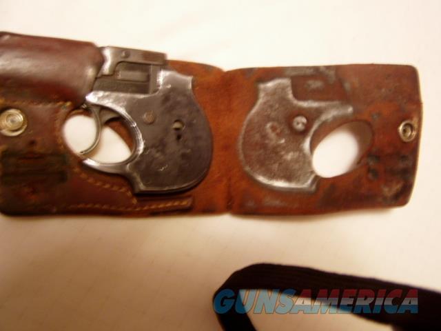 HIGH STANDARD HAMDEN Blue 22 Magnum Derringer W/Wallet Hoster  Guns > Pistols > High Standard Pistols