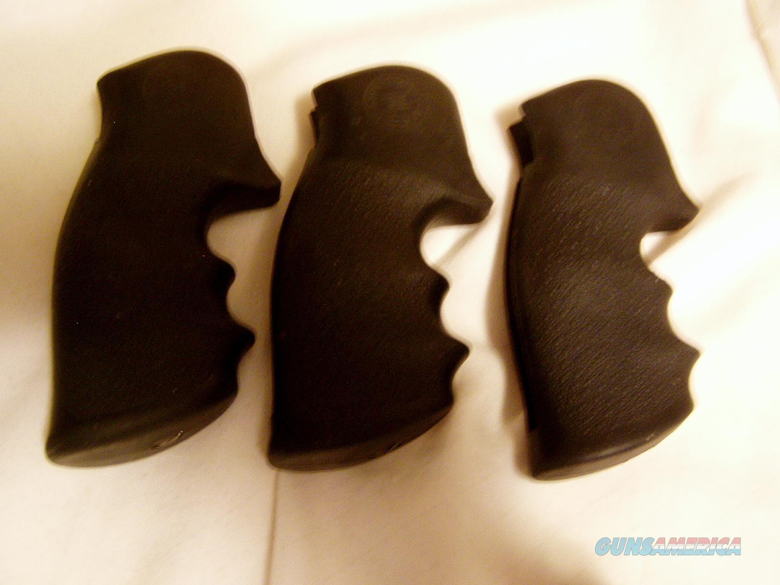 USED  BLACK HOGUE S & W SQUARE BUTT  FINGER GROVE OPEN BACK STRAP $ 55 DELIVERED  Non-Guns > Gunstocks, Grips & Wood