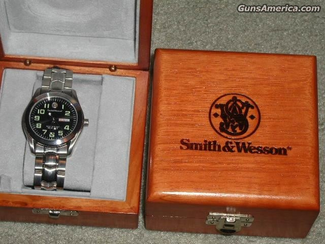 PAIR DISPLAY SW Wrist  Watch  Non-Guns > Logo & Clothing Merchandise