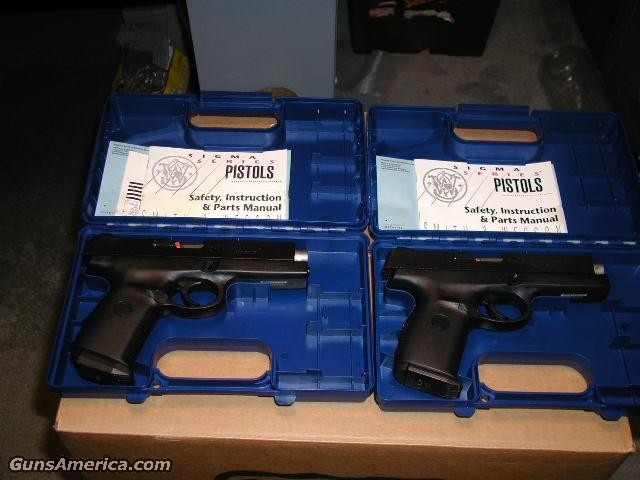 1st ISSUE Sigma 9 & 40S&W NIB  Guns > Pistols > Smith & Wesson Pistols - Autos