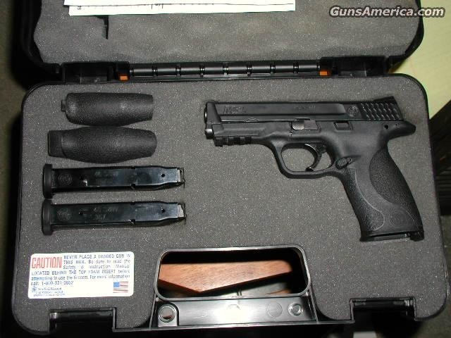 Trade M&P 40 NO LOCK 3Mags$549  Guns > Pistols > Smith & Wesson Pistols - Autos