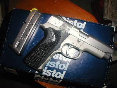 S&W 4043 Hi Cap ANIB  Guns > Pistols > Smith & Wesson Pistols - Autos > Alloy Frame