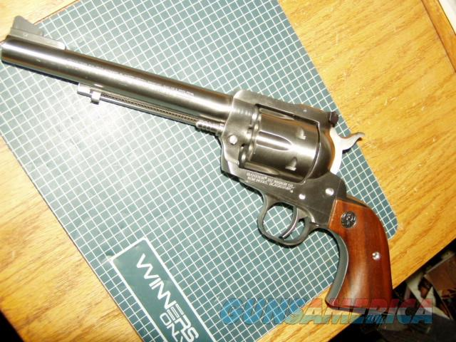 LIGHTY USED RUGER NEW MODEL BLACK HAWK 357 MAGNUM STAINLESS 6.5 INCH  Guns > Pistols > Ruger Single Action Revolvers > Blackhawk Type