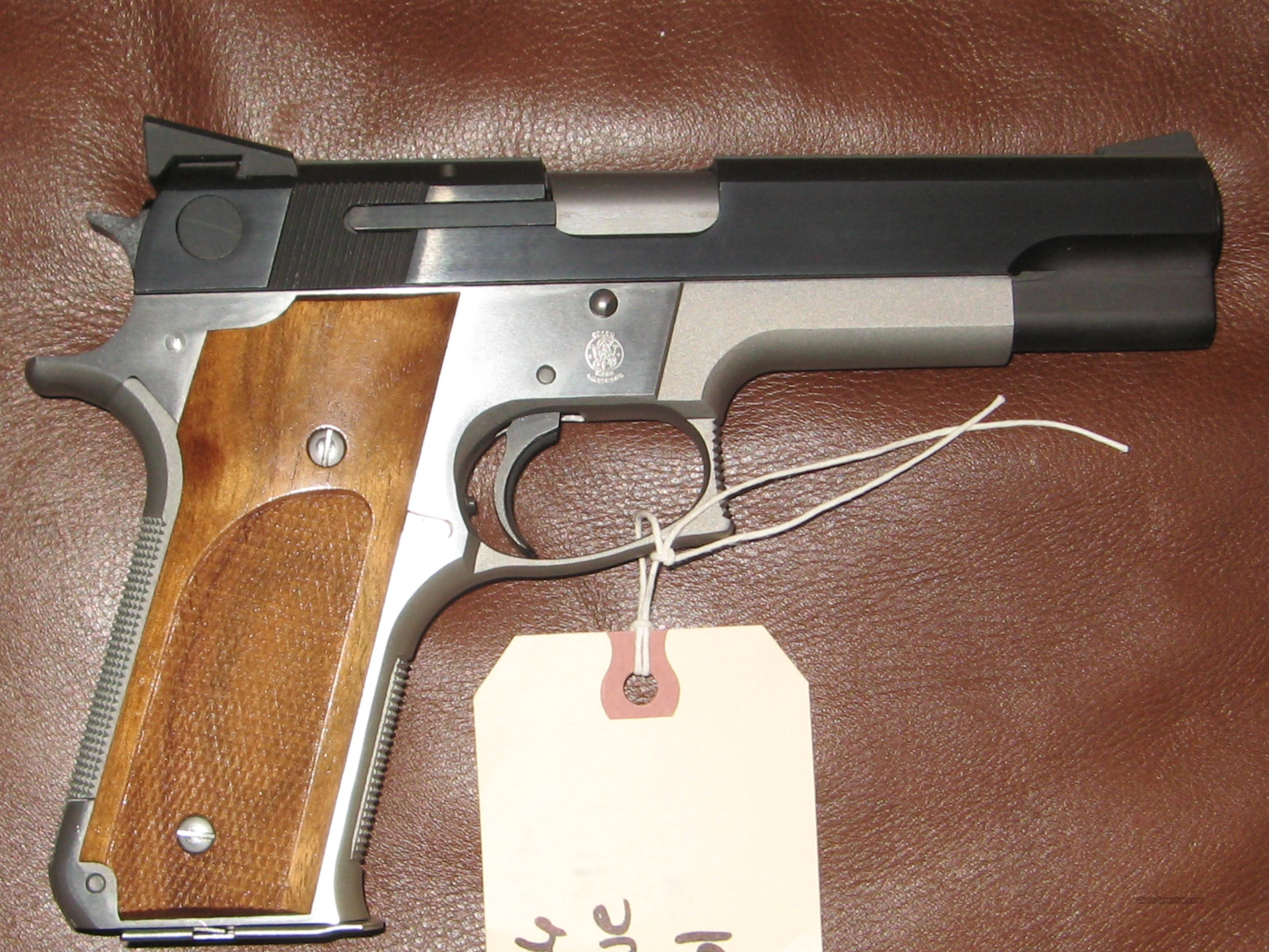 Discontinued S&W 745 45Acp Two Tone Single Action  Guns > Pistols > Smith & Wesson Pistols - Autos > Steel Frame