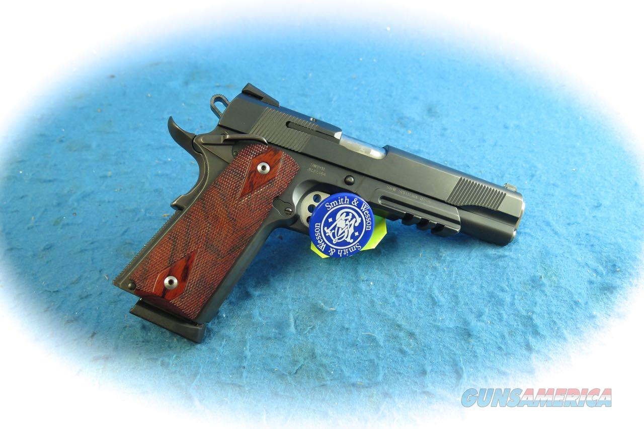 Smith & Wesson Model SW1911 .45 ACP Pistol **Used**  Guns > Pistols > Smith & Wesson Pistols - Autos > Steel Frame