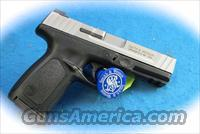 Smith & Wesson SD40 VE .40 S&W Semi Auto Pistol **New**  Guns > Pistols > Smith & Wesson Pistols - Autos > Polymer Frame