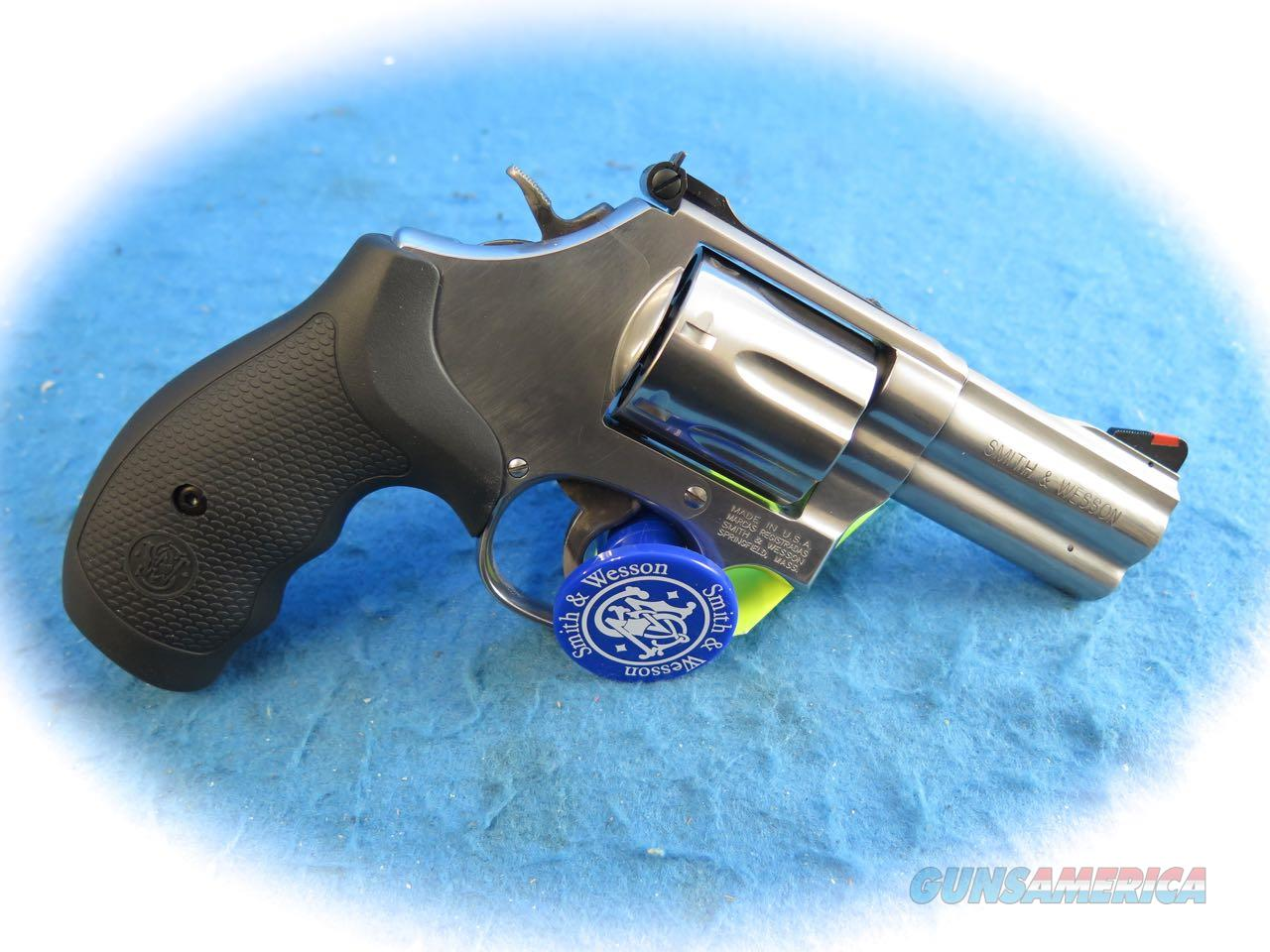 "Smith & Wesson 686 Plus .357 Mag Revolver SS 3 "" BBL Model 164300 **New**   Guns > Pistols > Smith & Wesson Revolvers > Med. Frame ( K/L )"