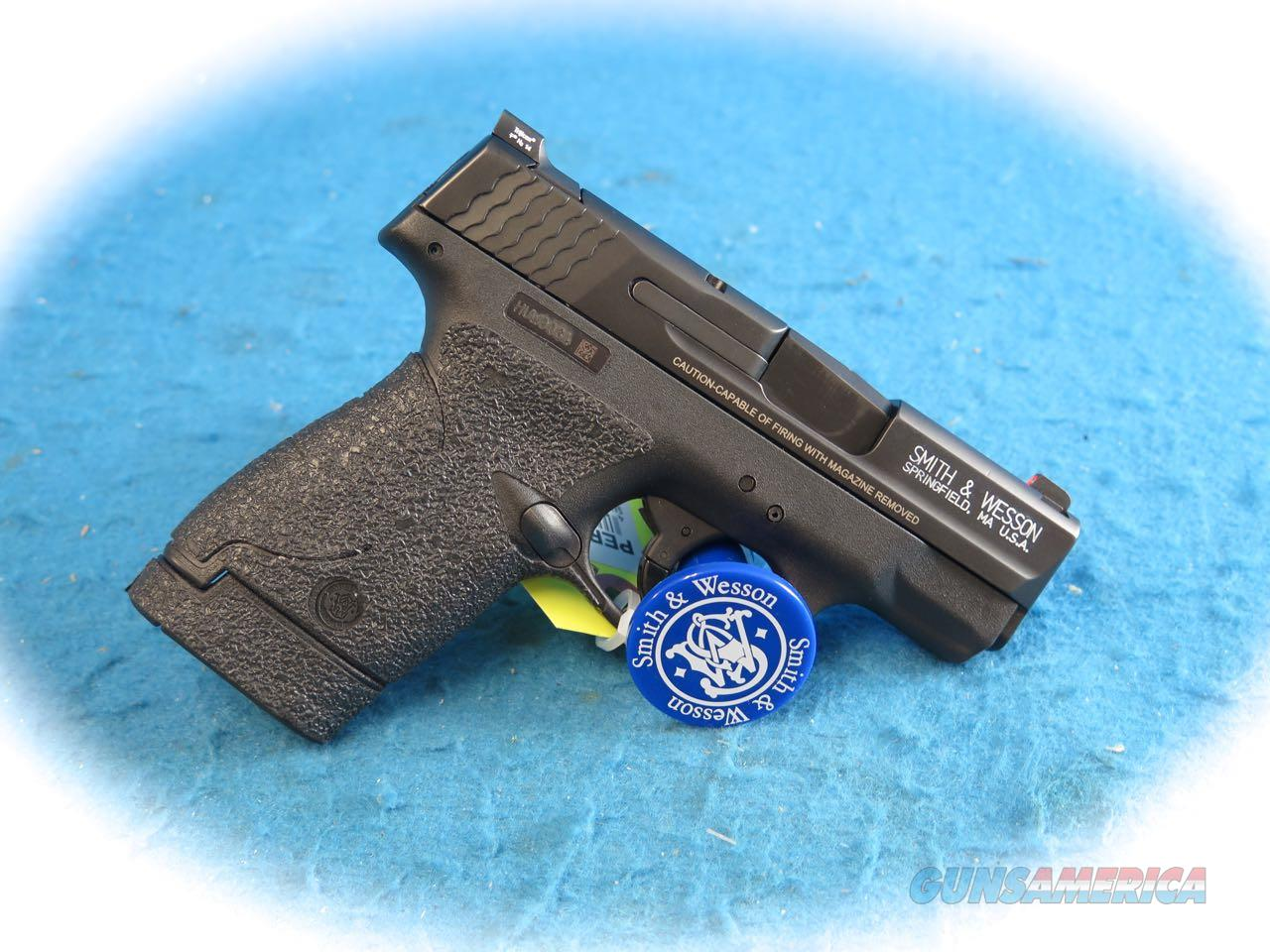 Smith & Wesson Shield .40 S&W Cal Nite Sights & No Thumb Safety **Used**  Guns > Pistols > Smith & Wesson Pistols - Autos > Shield