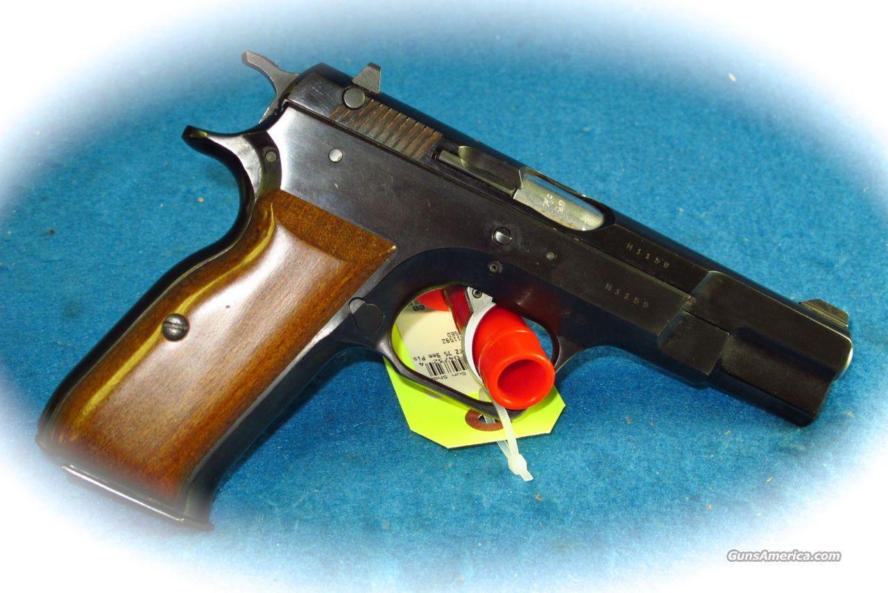 Tanfoglio TZ-75 9mm Semi Auto Pistol **Used**  Guns > Pistols > FIE Pistols