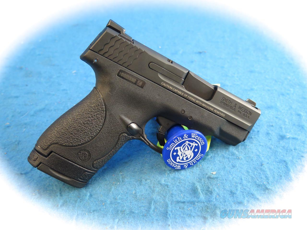 Smith & Wesson M&P Shield 9mm Pistol with Night Sights Model 10086 **New**  Guns > Pistols > Smith & Wesson Pistols - Autos > Shield