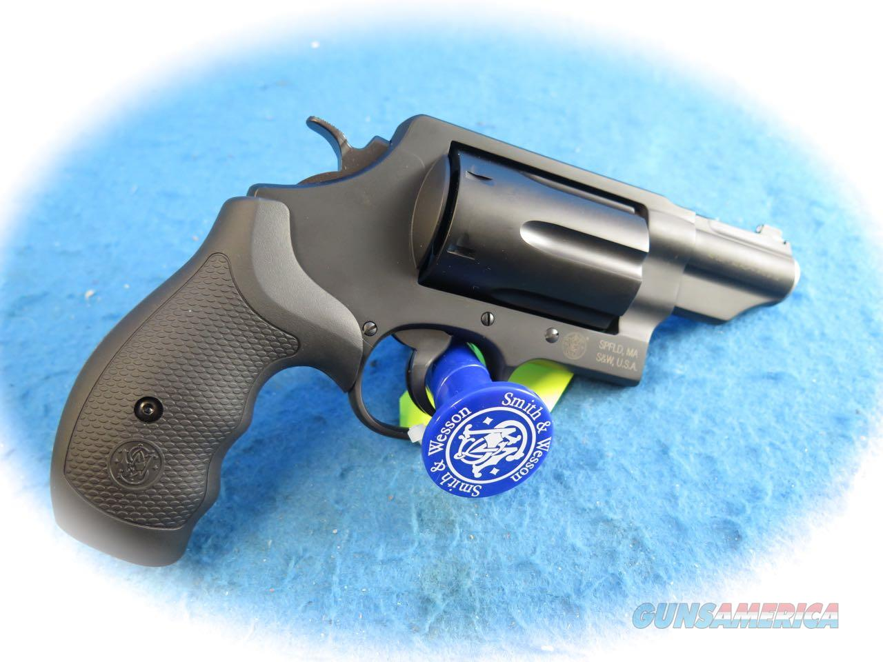 Smith & Wesson Governor .45 ACP/.410 Ga/.45 Colt Revolver Model 162410 **New**  Guns > Pistols > Smith & Wesson Revolvers > Med. Frame ( K/L )