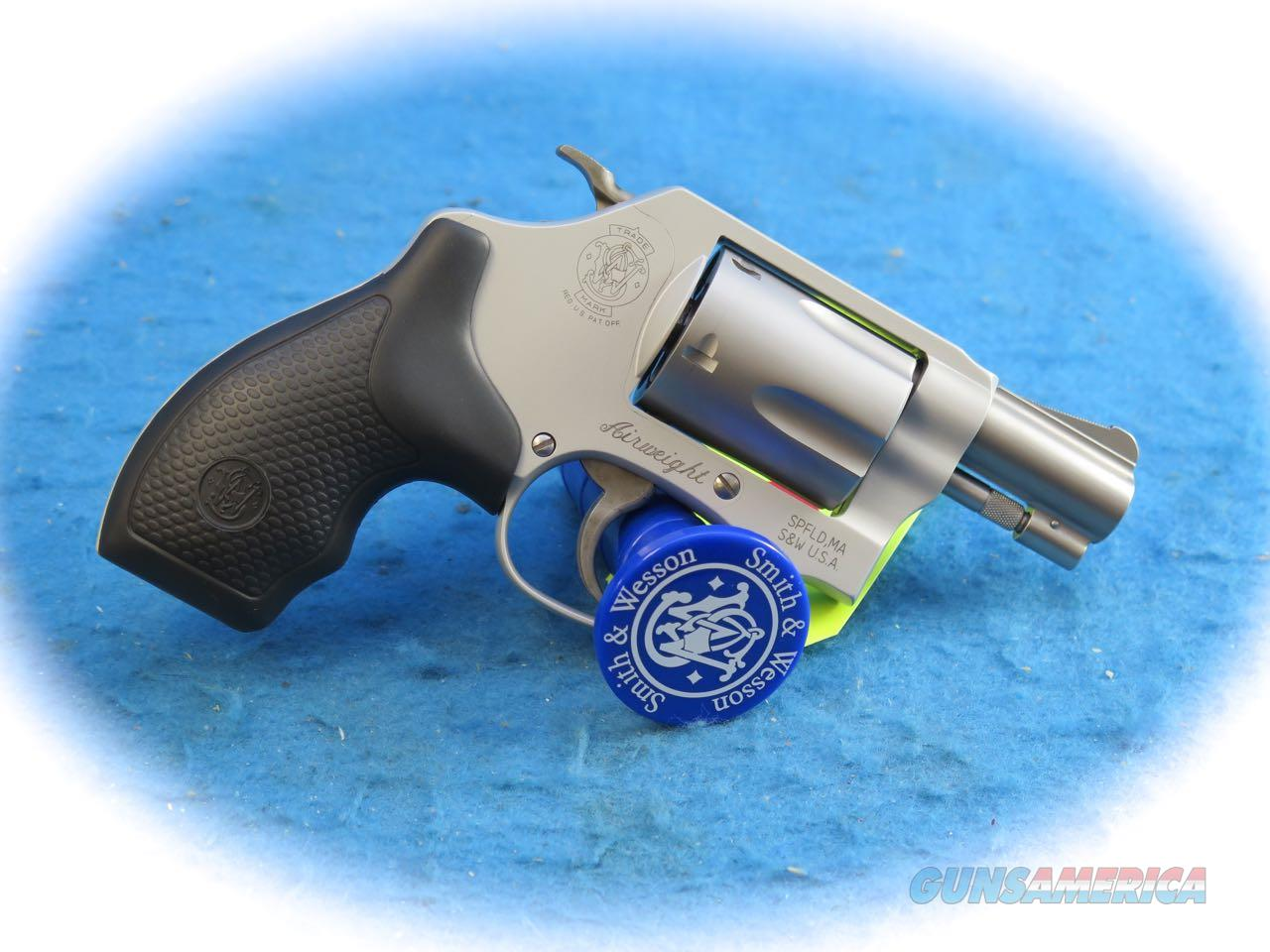Smith& Wesson Model 637 .38 Special Airweight Revolver **Used**  Guns > Pistols > Smith & Wesson Revolvers > Small Frame ( J )