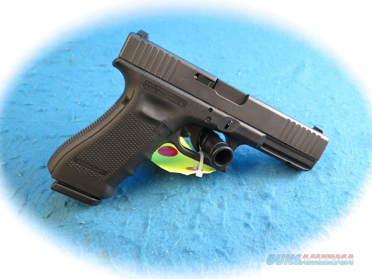 Glock 17 Gen 4 FS 9mm Semi Auto Pistol **New**  Guns > Pistols > Glock Pistols > 17