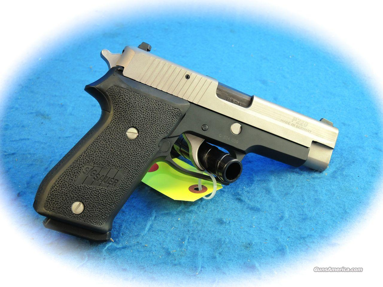 Sig Sauer P220 Two-Tone .45 ACP Pistol **Used**  Guns > Pistols > Sig - Sauer/Sigarms Pistols > P220