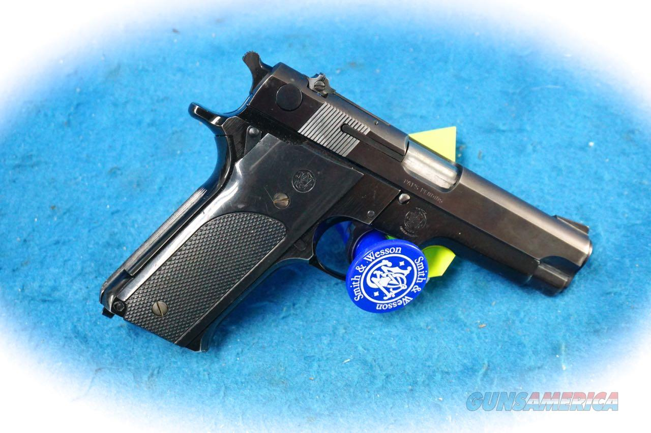 Smith & Wesson Model 59 9mm Semi Auto Pistol **Used**  Guns > Pistols > Smith & Wesson Pistols - Autos > Alloy Frame