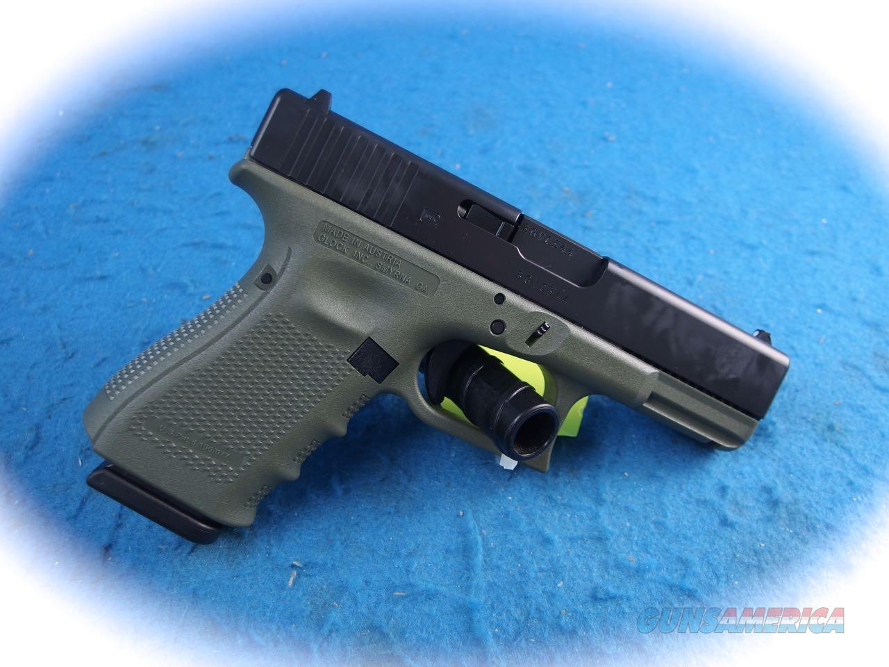 Glock 19 Gen 4 9mm Semi Auto Pistol Battlefield Green **New**  Guns > Pistols > Glock Pistols > 19