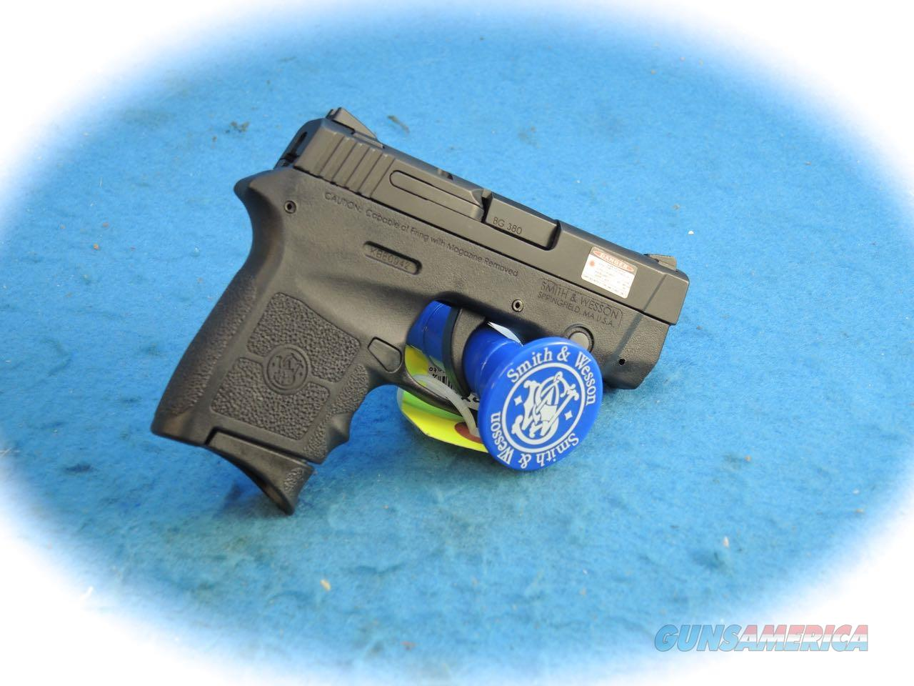 Smith & Wesson BG380 Bodyguard .380 Pistol W/Laser **Used**  Guns > Pistols > Smith & Wesson Pistols - Autos > Polymer Frame