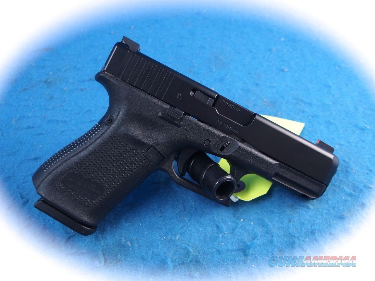Glock 19 Gen 5 9mm Pistol W/Ameriglo Night Sights **New**  Guns > Pistols > Glock Pistols > 19
