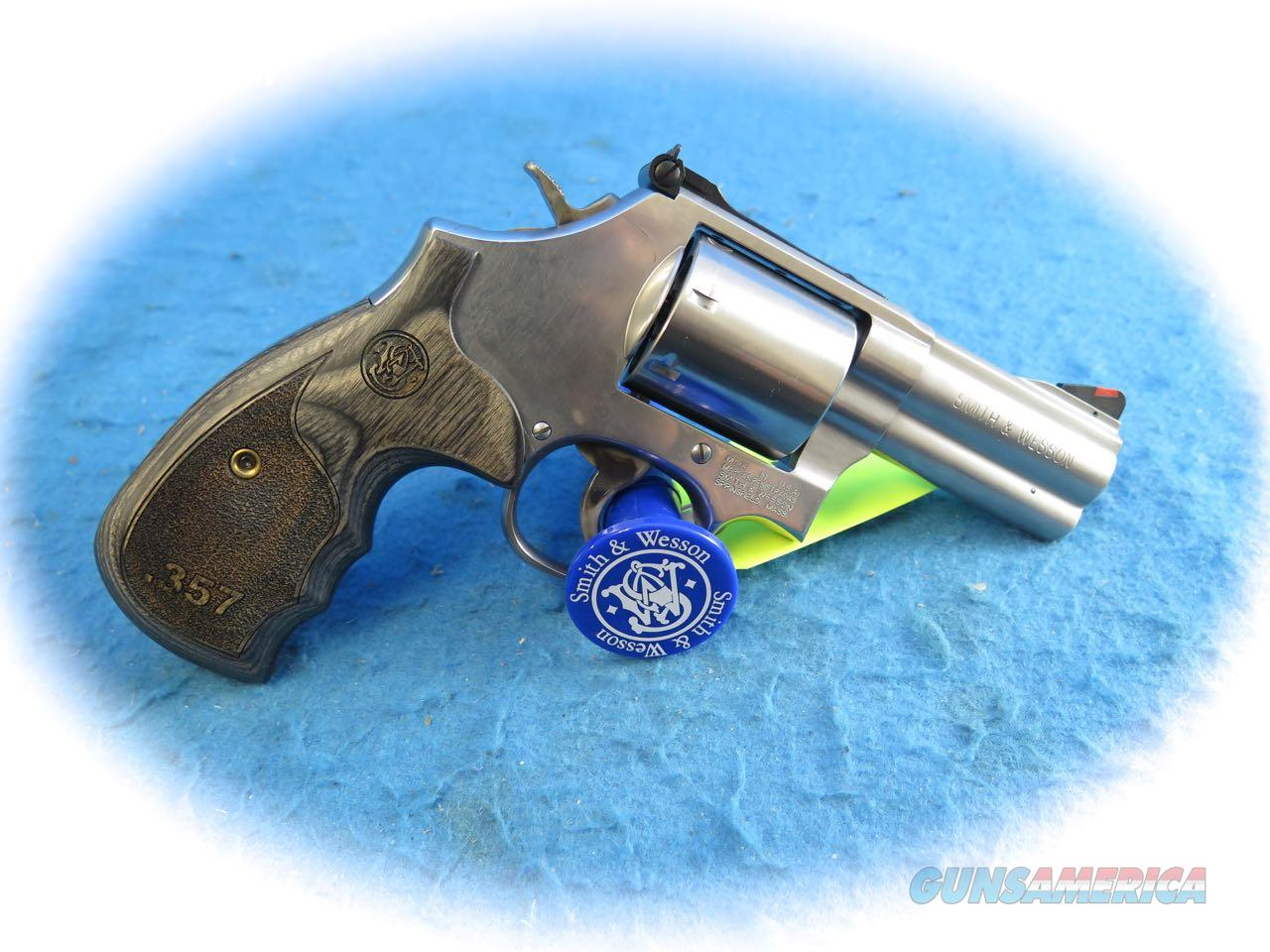 "Smith & Wesson 686 Plus Deluxe SS Revolver .357 Mag 3"" BBL SKU 150853 **New**  Guns > Pistols > Smith & Wesson Revolvers > Med. Frame ( K/L )"