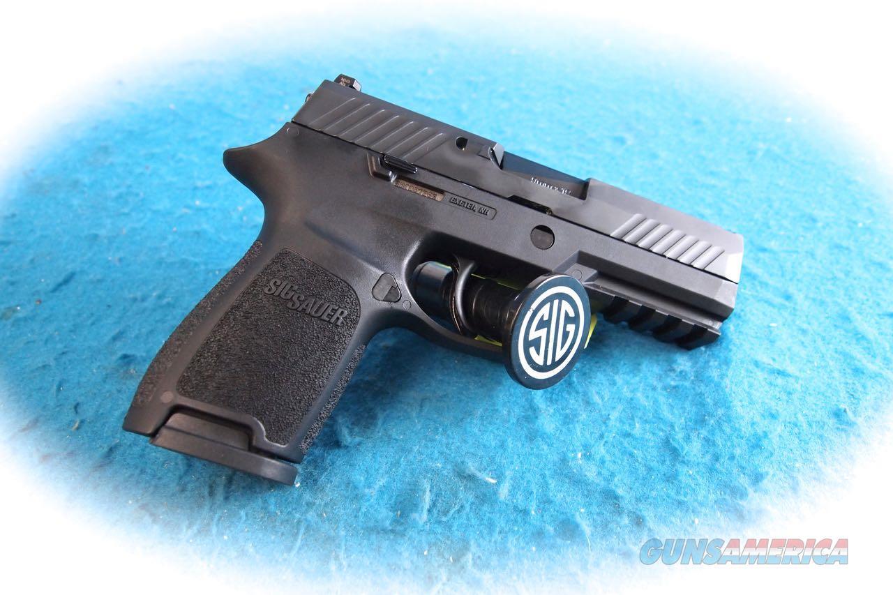 Sig Sauer P320C 9mm Semi Auto Pistol w/Night Sights **New**  Guns > Pistols > Sig - Sauer/Sigarms Pistols > P320