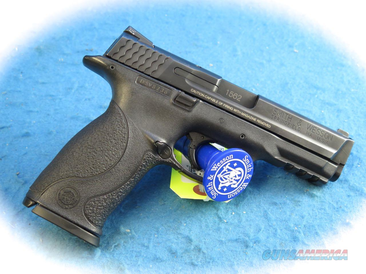 "Smith & Wesson M&P40 ""Detroit PD Marked"" Semi Auto .40S&W Cal **Used**  Guns > Pistols > Smith & Wesson Pistols - Autos > Polymer Frame"