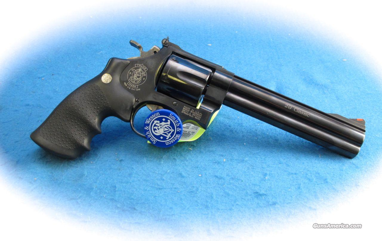 Smith & Wesson Model 29 Classic .44 Magnum Revolver **Used**  Guns > Pistols > Smith & Wesson Revolvers > Full Frame Revolver