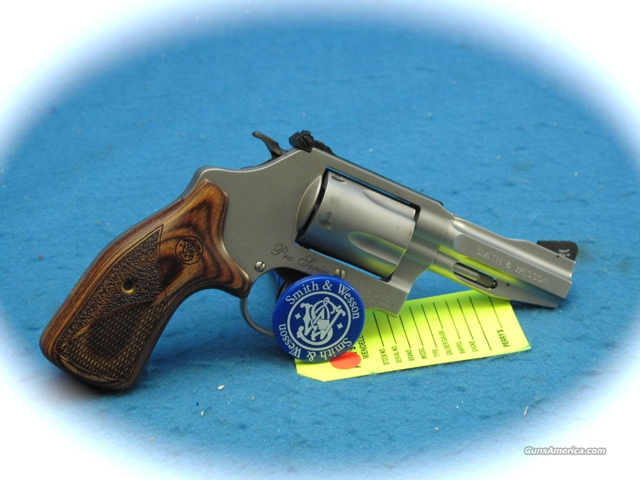 Smith & Wesson Model 60-15 Pro Series 357 Mag Revolver **Like New**  Guns > Pistols > Smith & Wesson Revolvers > Pocket Pistols