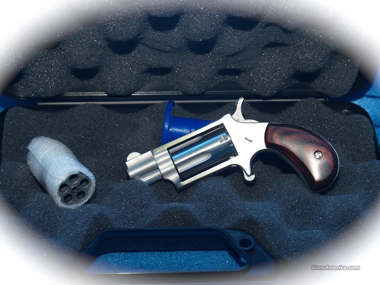 North American Arms 22Mag Mini Revolver + Xtra 22 LR Cylinder  Guns > Pistols > North American Arms Pistols
