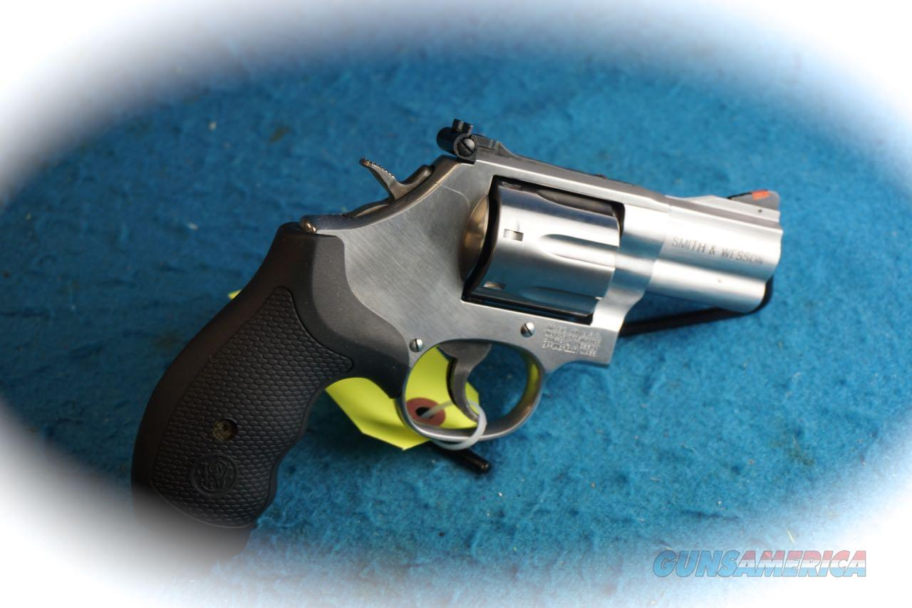 Smith & Wesson Model 686 Plus PC .357 Mag 7 Shot Revolver **New**  Guns > Pistols > Smith & Wesson Revolvers > Full Frame Revolver