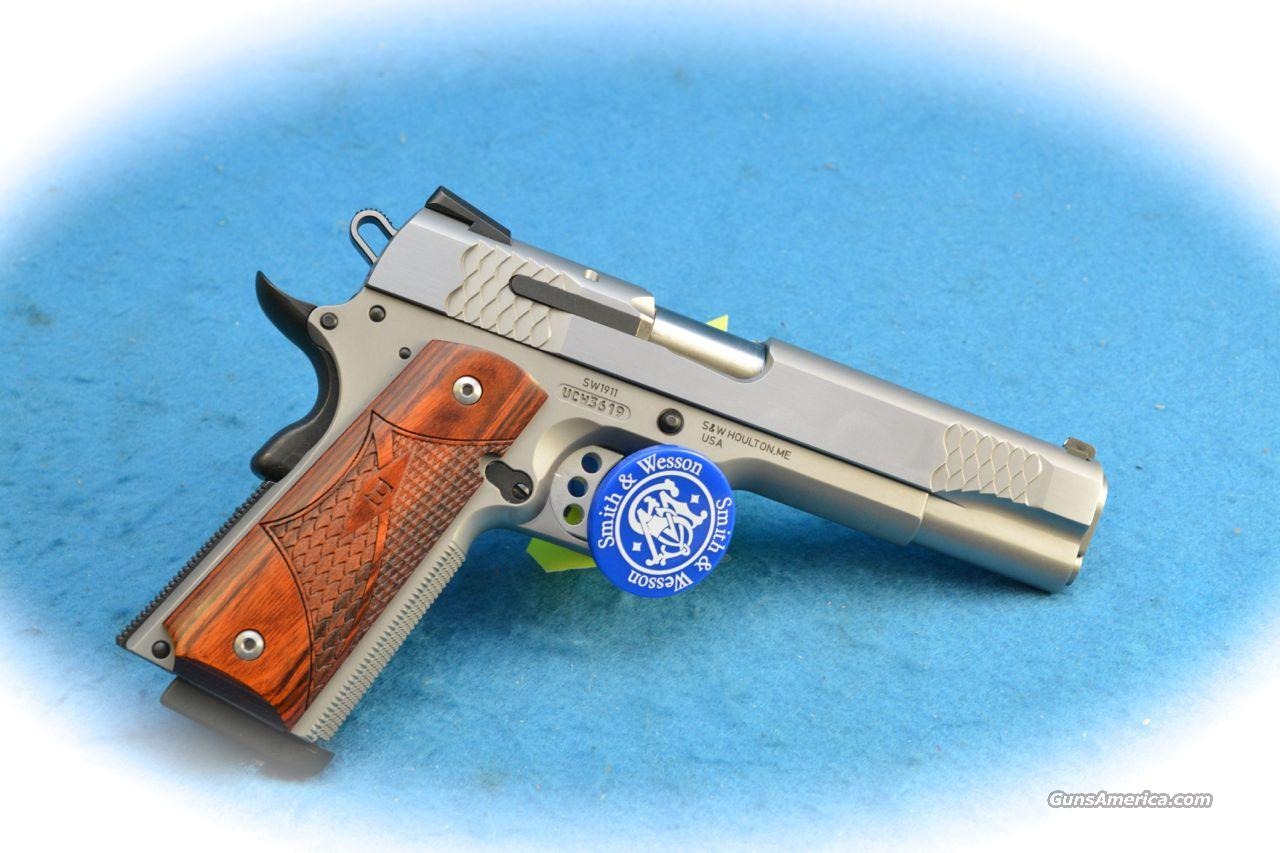 Smith & Wesson SW1911 .45 ACP SS Pistol **New**  Guns > Pistols > Smith & Wesson Pistols - Autos > Steel Frame