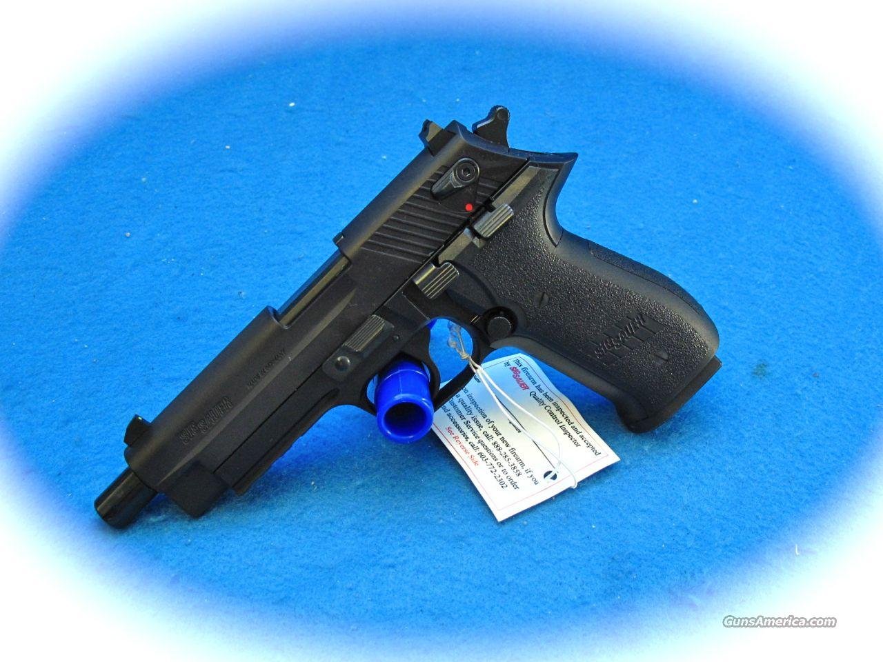 Sig Sauer Mosquito  22 LR pistol with Threaded Barrel **NEW**  Guns > Pistols > Sig - Sauer/Sigarms Pistols > Mosquito