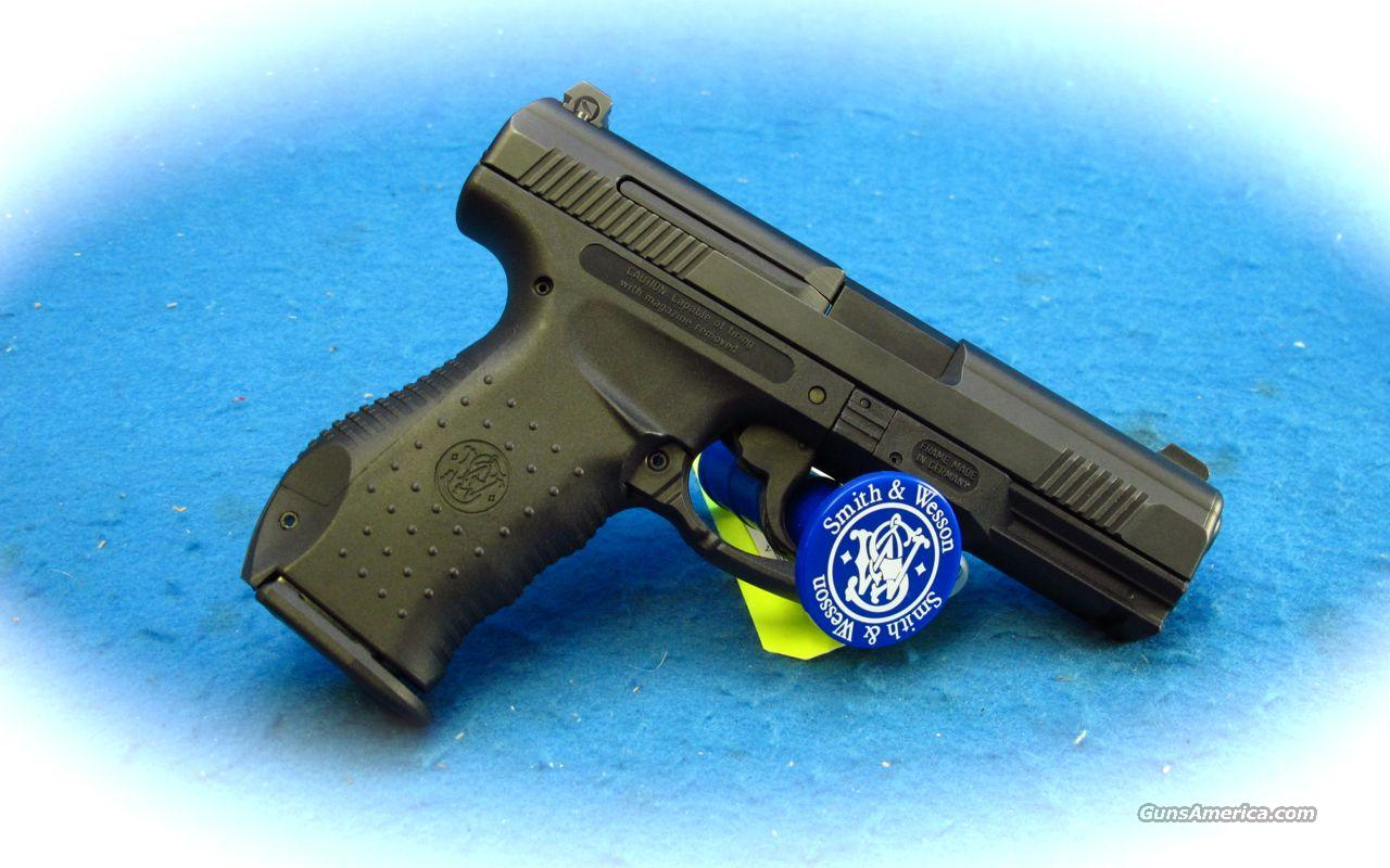 Smith & Wesson SW99 9mm Pistol **Used**  Guns > Pistols > Smith & Wesson Pistols - Autos > Polymer Frame