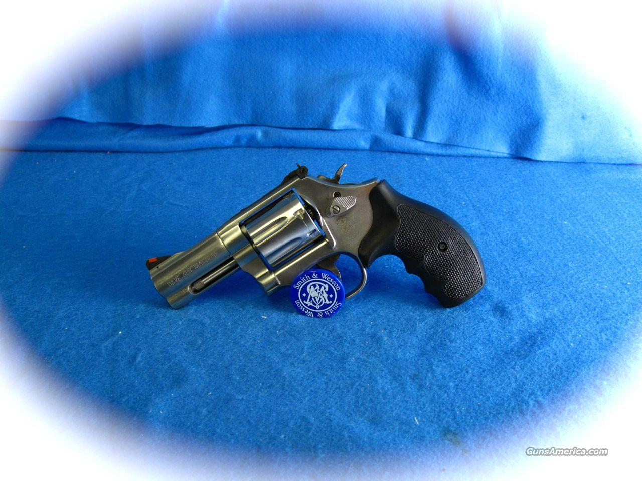 Smith & Wesson Model 686 - 3 Inch Bbl. ***NEW***  Guns > Pistols > Smith & Wesson Revolvers > Full Frame Revolver