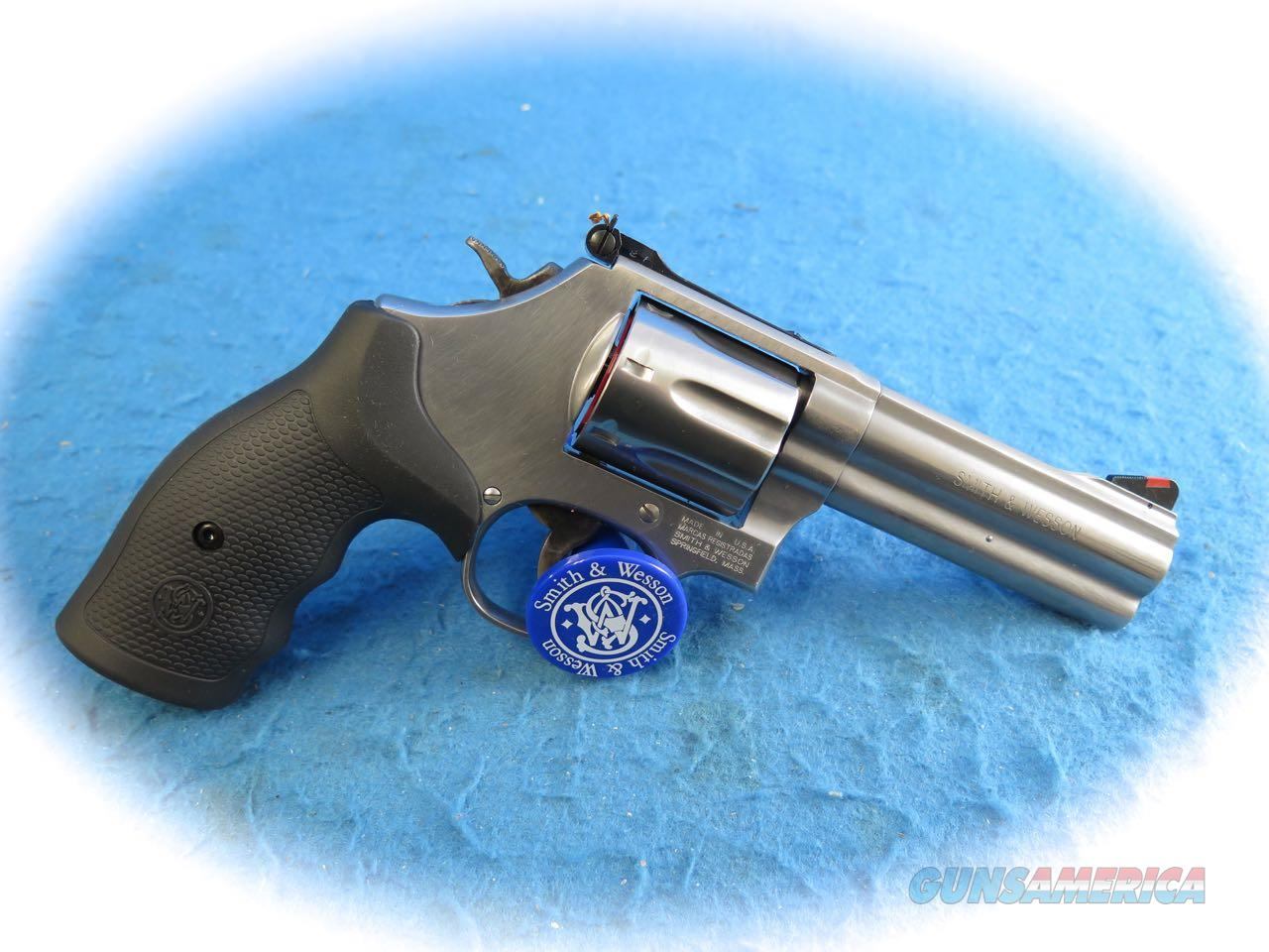 Smith & Wesson 686 Plus .357 Mag SS Revolver  4 Inch BBL  SKU  164194 **New**  Guns > Pistols > Smith & Wesson Revolvers > Med. Frame ( K/L )