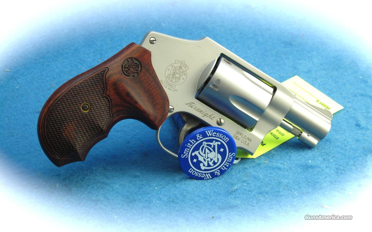 Smith & Wesson Model 642 Airweight 38 Spl. Revolver w/Wood Grips **NEW**  Guns > Pistols > Smith & Wesson Revolvers > Pocket Pistols