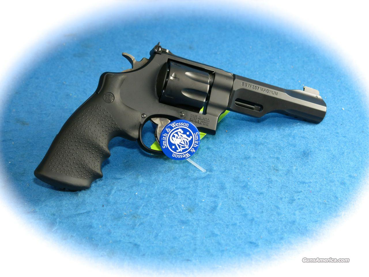 Smith & Wesson Model 327 TRR8 Performance Center .357 Mag 8 Shot Revolver **New**  Guns > Pistols > Smith & Wesson Revolvers > Performance Center