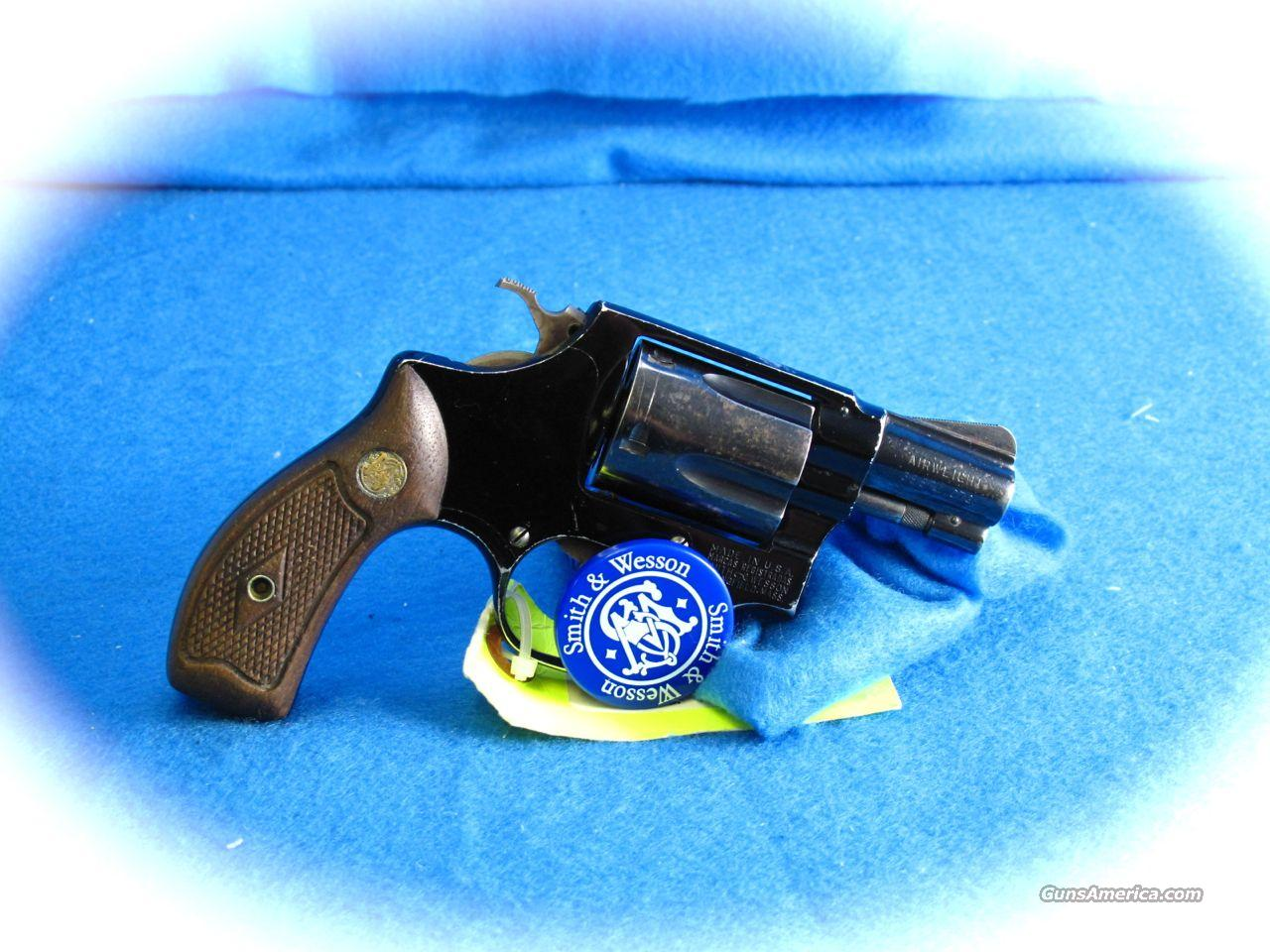 Smith & Wesson Model 37 Airweight Revolver *Flat Latch*  Guns > Pistols > Smith & Wesson Revolvers > Pocket Pistols