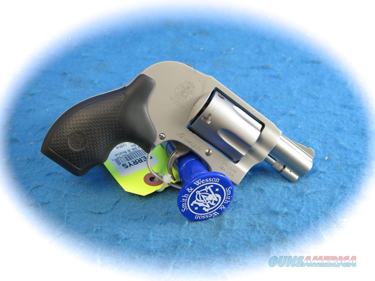 Smith & Wesson Model 638-3 .38 Special 5 Shot Airweight Revolver **Used**  Guns > Pistols > Smith & Wesson Revolvers > Small Frame ( J )