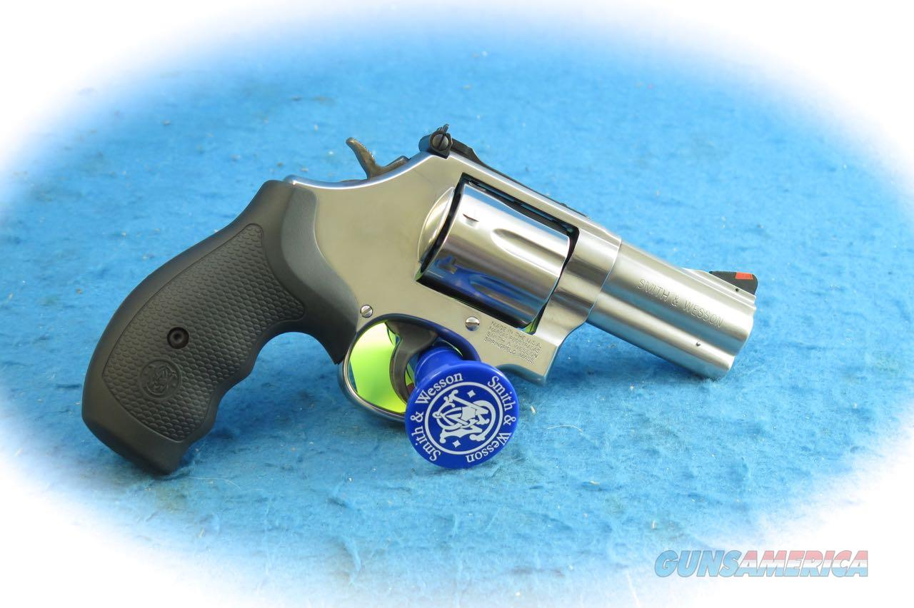 "Smith & Wesson Model 686 Plus .357 Mag Revolver SS 3"" BBL SKU 164300 **Used**  Guns > Pistols > Smith & Wesson Revolvers > Med. Frame ( K/L )"
