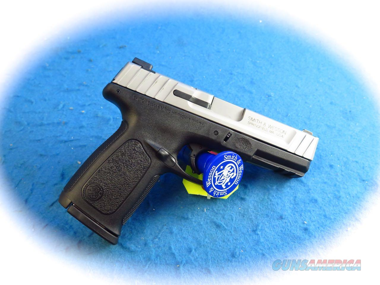 Smith & Wesson Model SD9VE 9mm Semi Auto Pistol Model 223900 **New**  Guns > Pistols > Smith & Wesson Pistols - Autos > Polymer Frame