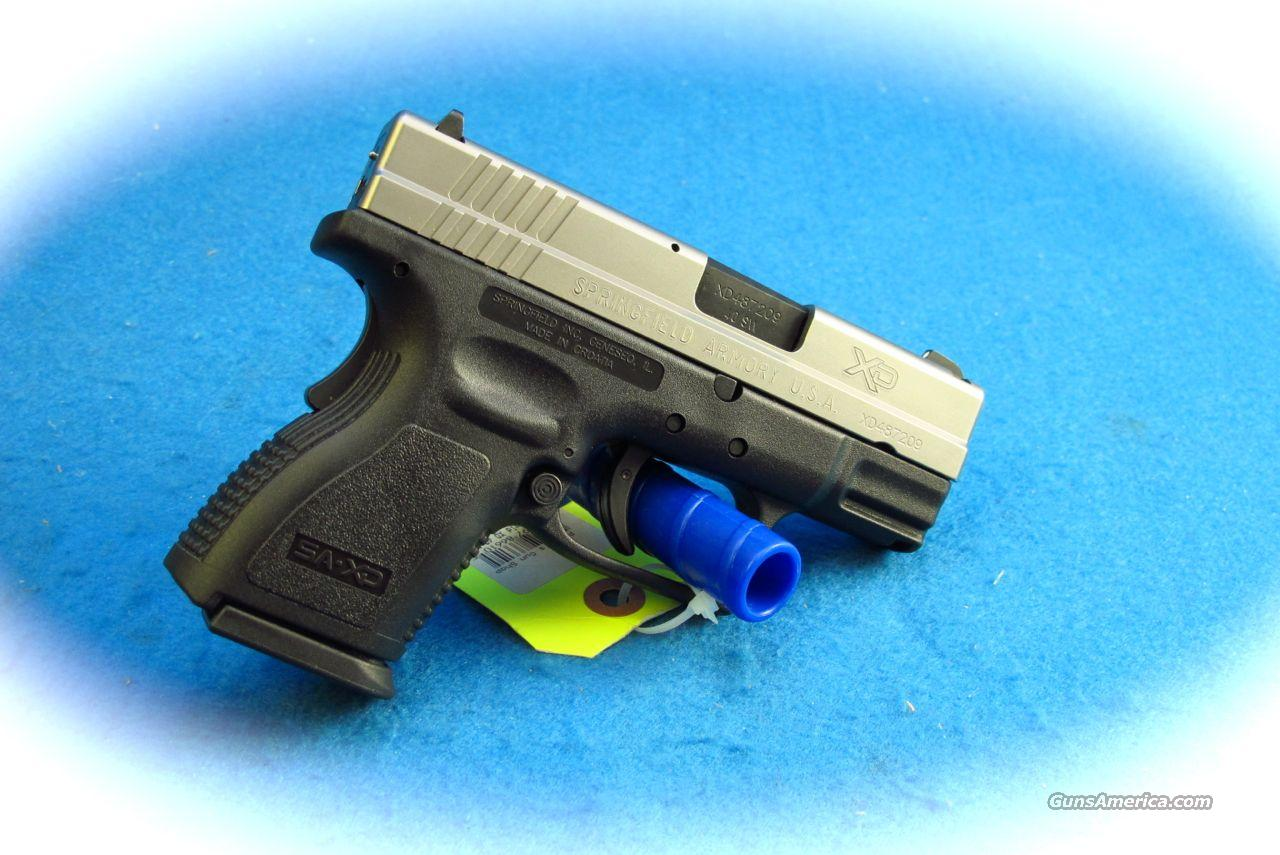 Springfield Armory XD-40 Bi-Tone Sub Compact Pistol .40 S&W **New**  Guns > Pistols > Springfield Armory Pistols > XD (eXtreme Duty)