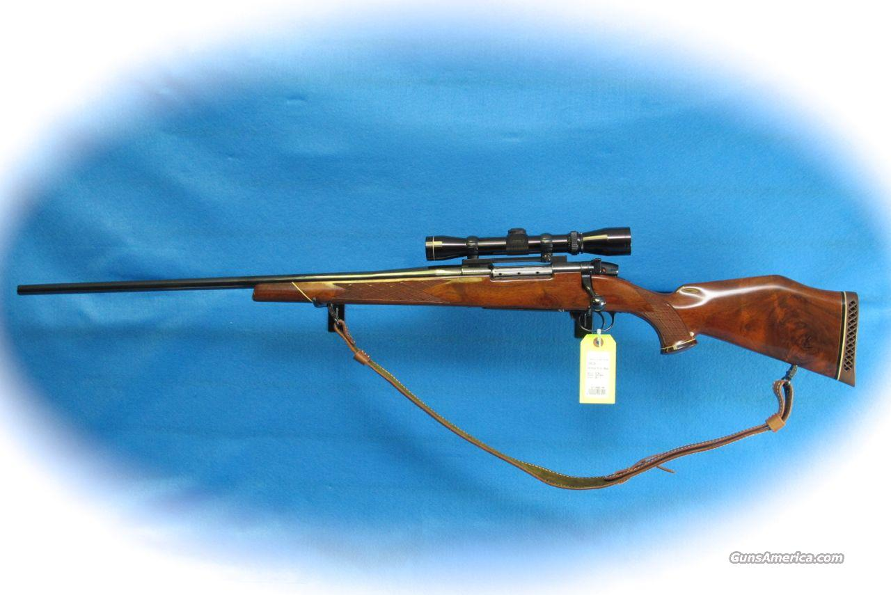 Weatherby Mark V Left Hand Bolt Action Rifle .300 Wthby Ca. W/Scope **Used**  Guns > Rifles > Weatherby Rifles > Sporting